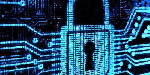 Hallitse kyberriskejä vakuutuksella